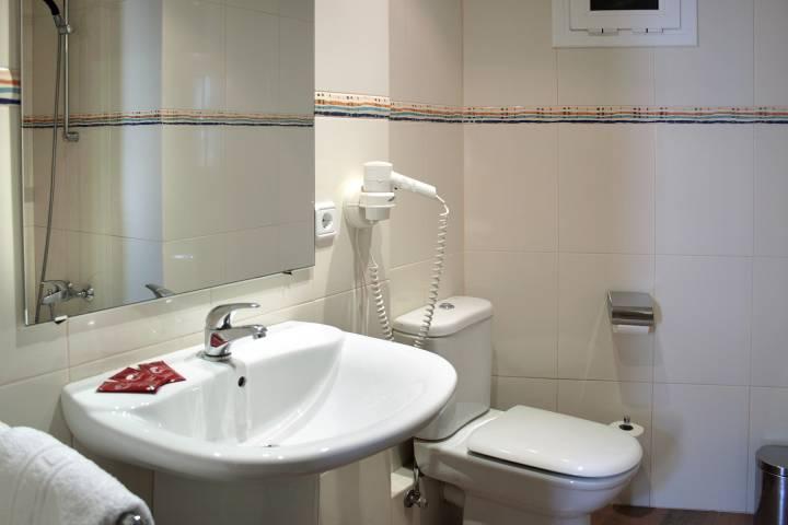 5ad69-hoteleuropa-bany-01.jpg